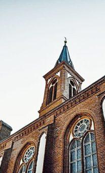 Костел в Поставах – роскошный храм в неоготическом стиле